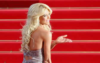 """CANNES, FRANCE - MAY 16:  Victoria Silvstedt attends """"The Tree Of Life"""" Premiere during the 64th Annual Cannes Film Festival at Palais des Festivals on May 16, 2011 in Cannes, France.  (Photo by Tony Barson/WireImage)"""