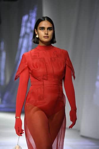 MILAN, ITALY - SEPTEMBER 23: A model walks the runway at the Fendi fashion show during the Milan Women's Fashion Week on September 23, 2020 in Milan, Italy. (Photo by Daniele Venturelli/Daniele Venturelli/WireImage )