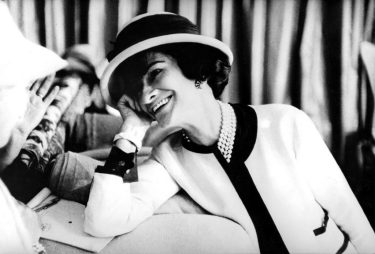 UNSPECIFIED  :  fashion designer Coco Chanel (1883-1971) , c. early 50's  (Photo by Apic/Getty Images)