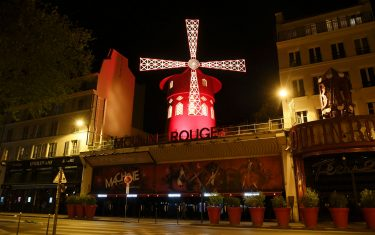 GettyImages-Moulin Rouge