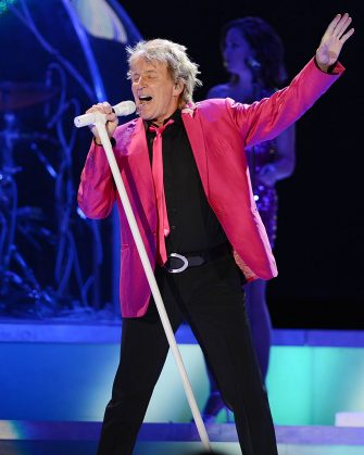 SUNRISE, FL - AUGUST 04: Rod Stewart performs on the Heart & Soul tour at BankAtlantic Center on August 4, 2012 in Sunrise, Florida. (Photo by Larry Marano/Getty Images)
