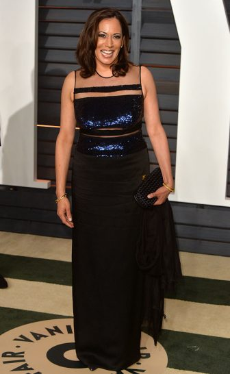 BEVERLY HILLS, CA - FEBRUARY 22:  Kamala Harris arrives at the 2015 Vanity Fair Oscar Party Hosted By Graydon Carter at Wallis Annenberg Center for the Performing Arts on February 22, 2015 in Beverly Hills, California.  (Photo by Anthony Harvey/Getty Images)