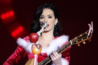 ISCHGL, AUSTRIA - NOVEMBER 28:  Singer Katy Perry performs during the ski winter opening on November 28, 2009 in Ischgl, Austria.  (Photo by Goran Gajanin/Getty Images)