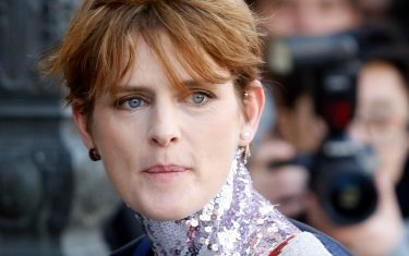 epa08901044 (FILE) - British model Stella Tennant arrives for the presentation of the Fall/Winter 2015/16 Ready to Wear collection by Dior fashion house during the Paris Fashion Week, in Paris, France, 06 March 2015 (reissued 23 December 2020). According to media reports, Stella Tennant has died aged 50, her family confirmed.  EPA/GUILLAUME HORCAJUELO *** Local Caption *** 51830785
