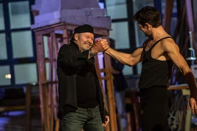 Danza con me 2021, Roberto Bolle e lo show di Capodanno con Vasco