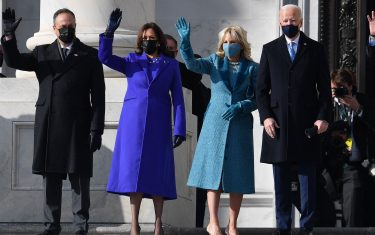 (L-R) Doug Emhoff, US Vice President-elect Kamala Harris, incoming US First Lady Jill Biden, US President-elect Joe Biden and Senator from Missouri Roy Blunt arrive for the inauguration of Joe Biden as the 46th US President on January 20, 2021, at the US Capitol in Washington, DC. (Photo by ANGELA WEISS / AFP) (Photo by ANGELA WEISS/AFP via Getty Images)