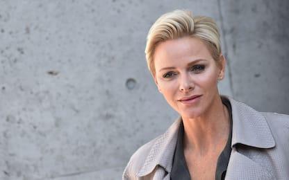 Charlene di Monaco compie 43 anni: foto ufficiale con la parrucca