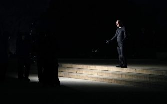 """Actor Tom Hanks speaks at the """"Celebrating America"""" event at the Lincoln Memorial after the inauguration of Joe Biden as the 46th President of the United States in Washington, U.S., January 20, 2021. REUTERS/Joshua Roberts/Pool"""