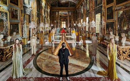 Alta moda a Parigi, Valentino sfila a Roma. Il servizio di Sky Tg24