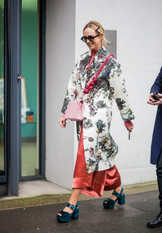 LONDON, ENGLAND - FEBRUARY 19: A guest wearing kimono seen outside Marques Almeida during London Fashion Week February 2018 on February 19, 2018 in London, England. (Photo by Christian Vierig/Getty Images)