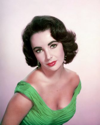 British-born American actress Elizabeth Taylor (1932 - 2011), circa 1955. (Photo by Silver Screen Collection/Getty Images)