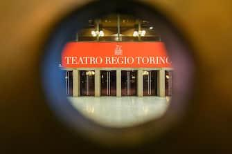 Facciamo Luce sul Teatro, il Regio si illumina per aderire all'iniziativa. Torino, 22 febbraio 2021 ANSA/JESSICA PASQUALON