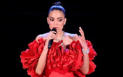 """Sanremo 2021, il monologo di Elodie: """"Non avevo l'acqua calda"""""""