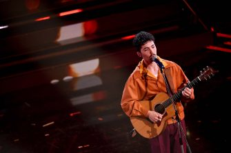 SANREMO, ITALY - MARCH 05:  Fulminacci is seen on stage during the 71th Sanremo Music Festival 2021 at Teatro Ariston on March 05, 2021 in Sanremo, Italy. (Photo by Jacopo M. Raule/Getty Images)