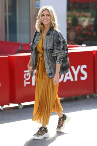 LONDON, ENGLAND - SEPTEMBER 23:  Ashley Roberts seen leaving Heart Breakfast Radio Studios on September 23, 2019 in London, England. (Photo by Neil Mockford/GC Images)