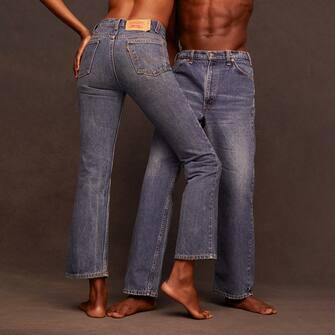 Per la sfilata Valentino Collezione Milano Pierpaolo Piccioli aveva fatto rivivere i classici jeans Levi's® 1969 517 boot cut, dall'iconico stile Levis®, reso popolare alla fine degli anni 60, epoca di massima espressione del sé.