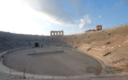 Riaperture, Arena di Verona riceve l'ok per capienza di 6mila persone