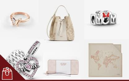 Festa della mamma: 15 idee regalo fashion dai gioielli Pandora a Guess