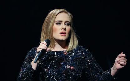 Adele, morto a 57 anni il padre Mark Evans