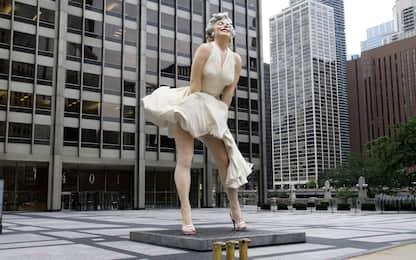 Marilyn Monroe, polemiche sulla statua con la gonna alzata