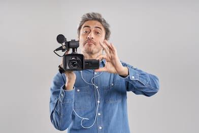 """Sky Documentaries presenta """"Il Testimone"""", il cult televisivo di Pif"""