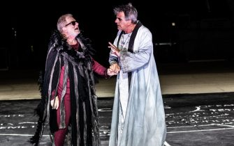 Antonello Fassari e Stefano Santospago sul palco del Teatro Greco di Siracusa