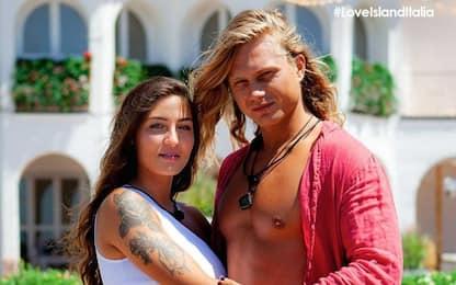 Love Island Italia 2021, i vincitori sono Rebeca e Wolf. FOTO