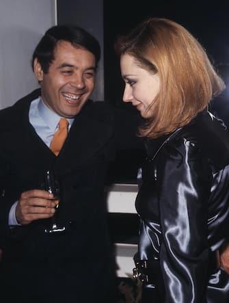 Gianni Boncompagnim e Raffaella Carra' in una immagine di archivio. ANSA