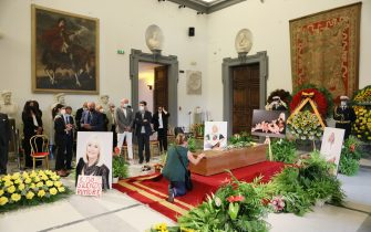 ROME, ITALY - JULY 07: A general view of the farewell ceremony during the Raffaella Carra funeral procession at Protomoteca del Campidoglio on July 07, 2021 in Rome, Italy. (Photo by Ernesto Ruscio/Getty Images)