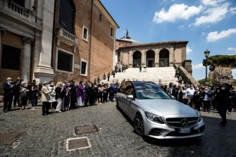 Coffin bearers accompany Raffaella Carra's coffin outside the basilica of Santa Maria in Ara Coeli at the end of her funeral in Rome, Italy, 09 July 2021. ANSA/ANGELO CARCONI