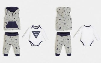 Gilet, body e pantalone stampa all over