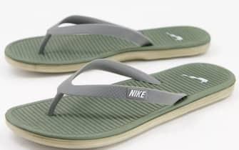 Nike - Solarsoft - Infradito con logo