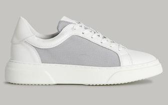 Sneakers bianca in tessuto tecnico e pelle