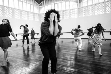 """Danza, a Bolzano la prima assoluta di """"Requiem (Sià Karà)"""". VIDEO"""