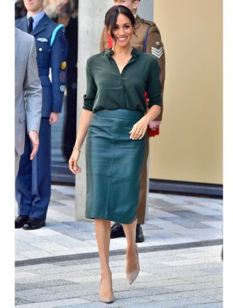 SUSSEX, UNITED KINGDOM - OCTOBER 03:  Meghan, Duchess of Sussex arrives at the University of Chichester's Engineering and Digital Technology Park during an official visit to Sussex on October 3, 2018 in Bognor Regis, United Kingdom.  The Duke and Duchess married on May 19th 2018 in Windsor and were conferred The Duke & Duchess of Sussex by The Queen.  (Photo by Samir Hussein/Samir Hussein/WireImage)