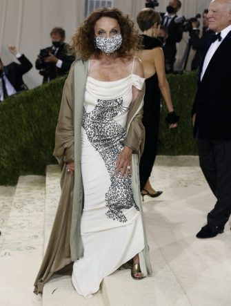 epa09466886 Diane von Furstenberg poses on the red carpet for the 2021 Met Gala, the annual benefit for the Metropolitan Museum of Art's Costume Institute, in New York, New York, USA, 13 September 2021. The event coincides with the Met Costume Institute's first two-part exhibition, 'In America: A Lexicon of Fashion' which opens 18 September 2021, to be followed by 'In America: An Anthology of Fashion' which opens 05 May 2022 and both conclude 05 September 2022.  EPA/JUSTIN LANE