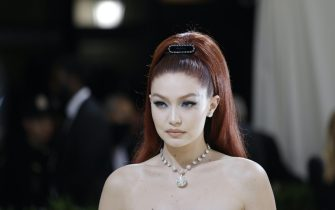epa09466873 Gigi Hadid poses on the red carpet for the 2021 Met Gala, the annual benefit for the Metropolitan Museum of Art's Costume Institute, in New York, New York, USA, 13 September 2021. The event coincides with the Met Costume Institute's first two-part exhibition, 'In America: A Lexicon of Fashion' which opens 18 September 2021, to be followed by 'In America: An Anthology of Fashion' which opens 05 May 2022 and both conclude 05 September 2022.  EPA/JUSTIN LANE