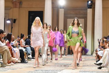 MILAN, ITALY - SEPTEMBER 25: Models walks the runway at the Ermanno Scervino fashion show during the Milan Fashion Week - Spring / Summer 2022 on September 25, 2021 in Milan, Italy. (Photo by Jacopo Raule/Getty Images)