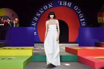 PARIS, FRANCE - SEPTEMBER 28: (FOR NON-EDITORIAL USE PLEASE SEEK APPROVAL FROM FASHION HOUSE) A model walks the runway during the Dior Womenswear Spring/Summer 2022 show as part of Paris Fashion Week on September 28, 2021 in Paris, France. (Photo by Stephane Cardinale - Corbis/Corbis via Getty Images)