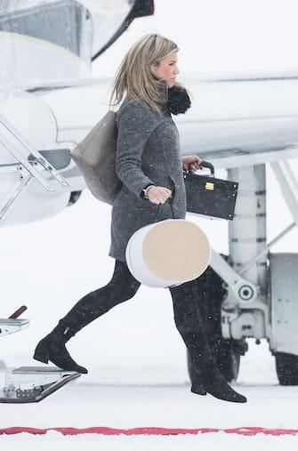 OSLO, NORWAY - FEBRUARY 01:  Catherine, Duchess of Cambridge's  stylist Natasha Archer  arrives at Oslo Gardermoen Airport on day 3 of their visit to Sweden and Norway on February 1, 2018 in Oslo, Norway.  (Photo by Samir Hussein/Samir Hussein/WireImage)