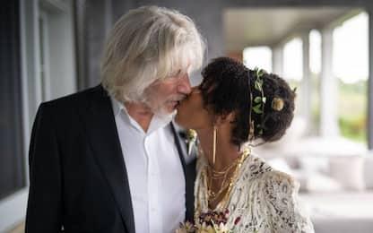 Pink Floyd, Roger Waters ha sposato Kamilah Chavis a 78 anni: le foto