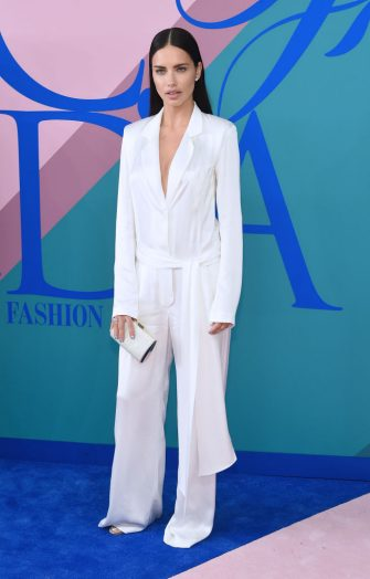 NEW YORK, NY - JUNE 05: Adriana Lima attends the 2017 CFDA Fashion Awards at Hammerstein Ballroom on June 5, 2017 in New York City.  (Photo by Jamie McCarthy/WireImage)