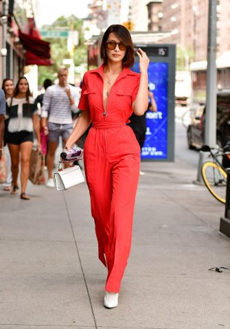 NEW YORK, NY - AUGUST 25:  Bella Hadid seen on the streets of Manhattan on August 25, 2017 in New York City.  (Photo by James Devaney/GC Images)