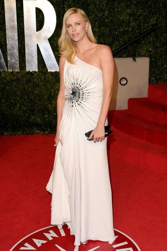WEST HOLLYWOOD, CA - FEBRUARY 27:  Actress Charlize Theron arrives at the Vanity Fair Oscar party hosted by Graydon Carter held at Sunset Tower on February 27, 2011 in West Hollywood, California.  (Photo by Craig Barritt/Getty Images)