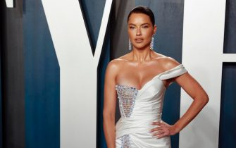 epa08209239 Adriana Lima attends the 2020 Vanity Fair Oscar Party following the 92nd annual Academy Awards ceremony, in Beverly Hills, California, USA, 09 February 2020. The Oscars were presented for outstanding individual or collective efforts in filmmaking in 24 categories.  EPA/RINGO CHIU