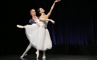 epa06776890 Principal Dancers Timofej Andrijashenko (L) and Nicoletta Manni (R) showcase ballet from the Teatro alla Scala Ballet Company, at a dance studio at the Queensland Performing Arts Centre (QPAC) in Brisbane, Queensland, Australia, 01 June 2018. The dancers have arrived with Ballet Director Frederic Olivieri, ahead of QPACâs 2018 International Series which will see the Teatro alla Scala Ballet Company perform Rudolf Nureyevâs Don Quixote and Giselle in November.  EPA/JONO SEARLE  AUSTRALIA AND NEW ZEALAND OUT