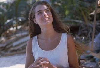1980:  Brooke Shields plays the marooned Emmeline in the desert island adventure 'The Blue Lagoon', directed by Randal Kleiser.  (Photo by Hulton Archive/Getty Images)