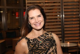 MIAMI, FL - DECEMBER 06:  Brooke Shields attends Art Miami 2018 Lifetime Visionary Award Dinner Honoring Dennis & Debra Scholl at Boulud Sud Miami on December 6, 2018 in Miami, Florida.  (Photo by Aaron Davidson/Getty Images for Art Miami)