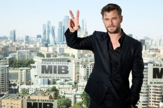"MOSCOW, RUSSIA - JUNE 06: Actor Chris Hemsworth attends the ""Men in black International"" photocall at Kalina bar on June 6, 2019 in Moscow, Russia. (Photo by Oleg Nikishin/Getty Images)"