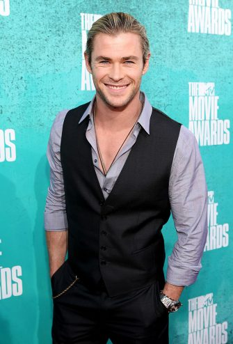 UNIVERSAL CITY, CA - JUNE 03:  Actor Chris Hemsworth arrives at the 2012 MTV Movie Awards held at Gibson Amphitheatre on June 3, 2012 in Universal City, California.  (Photo by Christopher Polk/Getty Images)